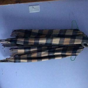 Play scarf
